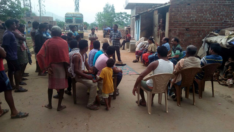 Village level Meeting held at Fatamunda village of  Chanchadaguda GP for selection of Entry point activities in consulation with the Villagers VDC members DKDA Chatikona-01.jpe